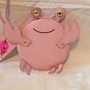 Betsey Johnson Crab / Crabbi Wristlet